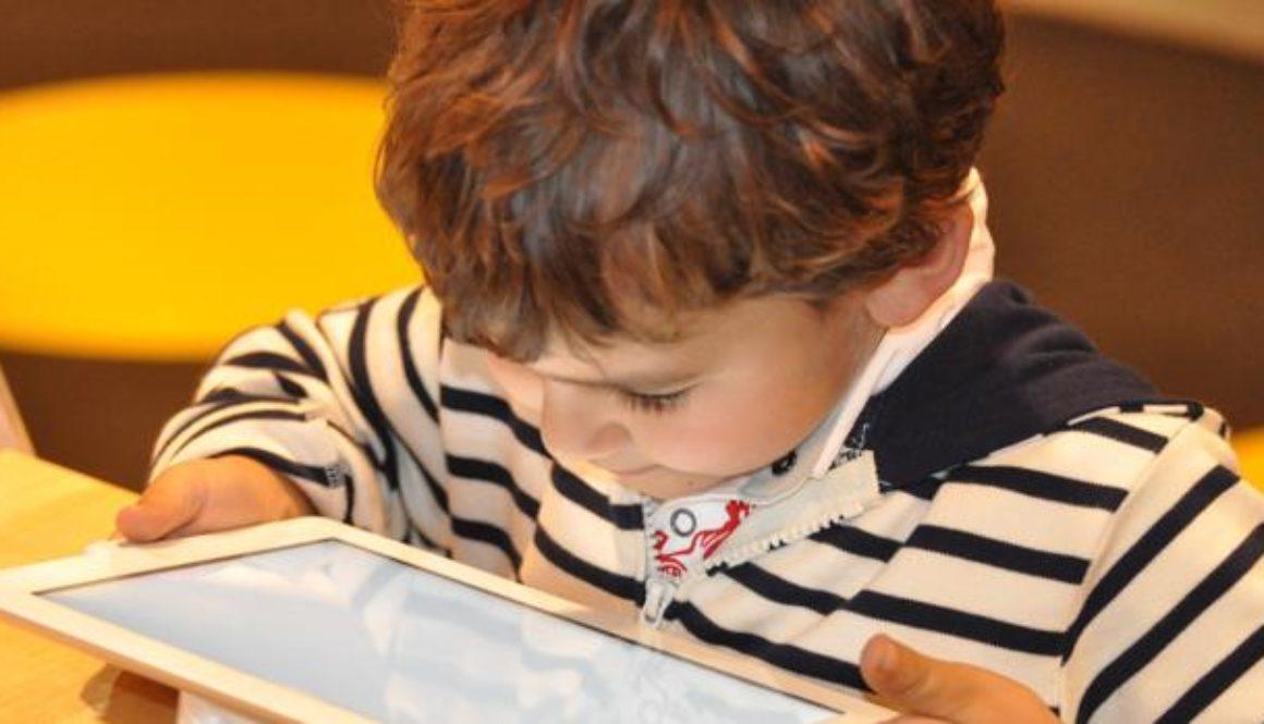 nino-tableta-k7AF--620x349@abc