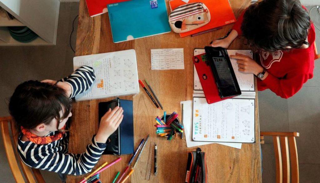 una-situacion-muy-complicada-el-dia-a-dia-de-los-profesores-espanoles-en-cuarentena